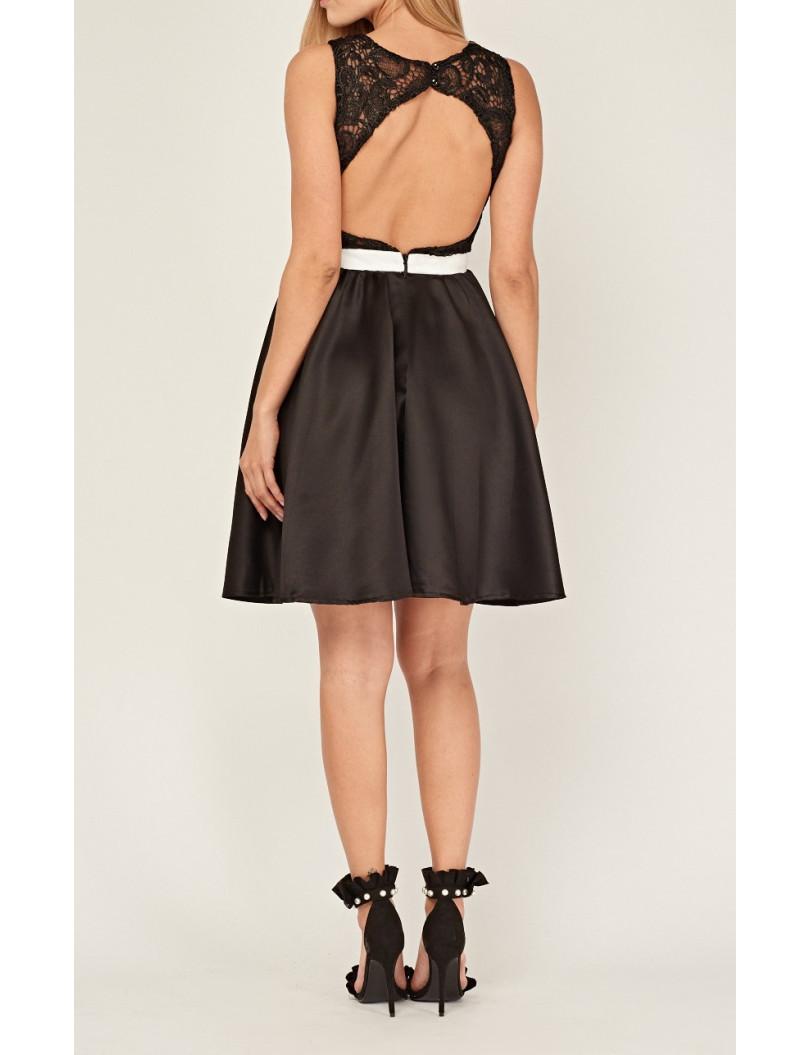 Vestidos cortos falda campana